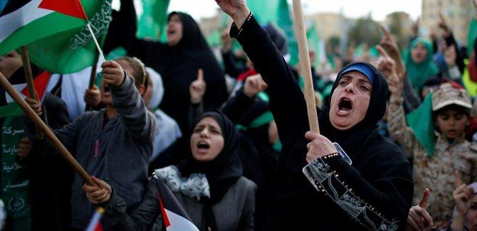 Hamas'tan  'kendinize gelin' çağrısı