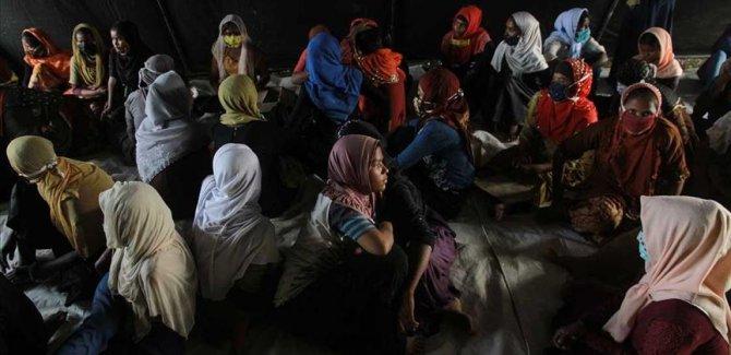 Bangladeş'te Arakanlı kadınlar açlık grevinde