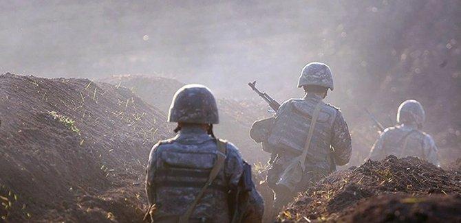 Azerbaycan: Ermenistan, cephe boyunca geri çekildi