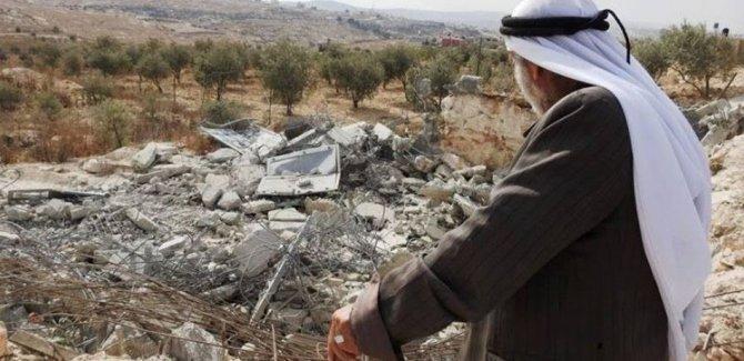 Bu yıl 530 Filistinli aile yerlerinden edildi