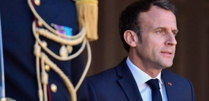 Fransa Tam Bir Şizofreniye Sürükleniyor