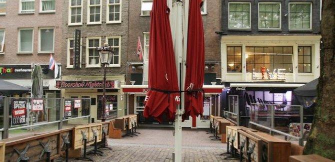 Hollanda pandemi kısıtlamalarını yeniden başlattı