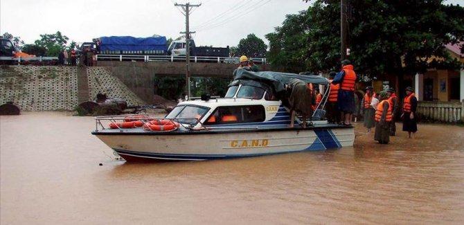 Vietnam'da sel ve toprak kaymalarından dolayı 84 kişi öldü