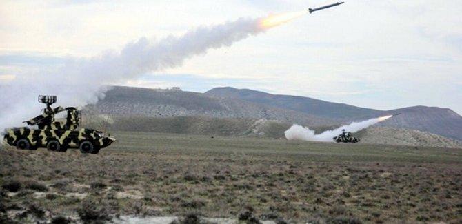Bakü: Petrol boru hattı vuruldu
