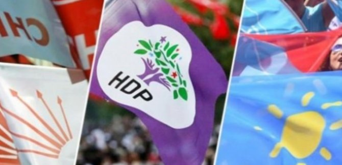 Selvi: CHP, İYİ Parti ve HDP'nin ittifak modeli üzerinde duruluyor