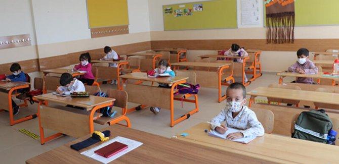 Kara: Okulda olmayan çocuklarda pozitifleşme daha yüksek