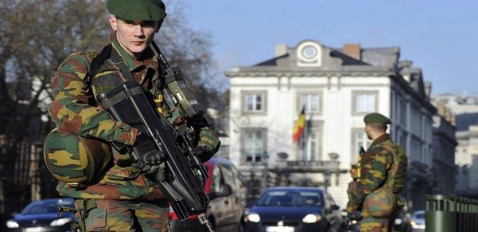 Covid-19 yeni zirveler var, Belçika'da ordu göreve çağrıldı