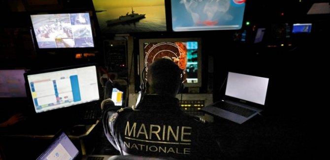 'Fransız donanmasından Türk gemilerine yakın takip'