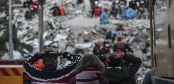 484 artçı deprem yaşandı