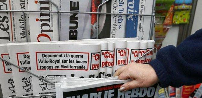 Peygambere Hakaret serbest, Charlie Hebdo protesto yasak