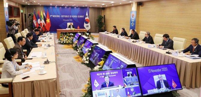 Dünyanın en büyük serbest ticaret anlaşması imzalandı