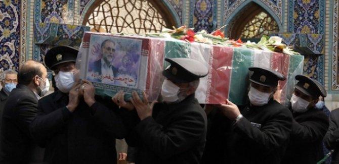 İranlı nükleer bilimci Fahrizade toprağa verildi