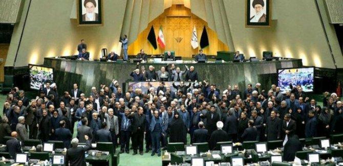 İran Nükleer Faaliyetleri Hızlandıracak
