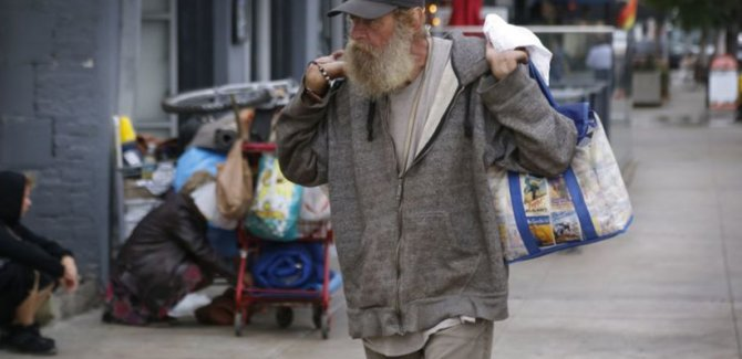 Açlık sınırındaki milyonlarca Amerikalı gıda bankalarına yöneldi