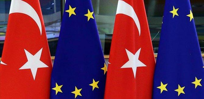 AB: Türkiye'ye 6 milyar euroluk kaynağın tamamı ödendi