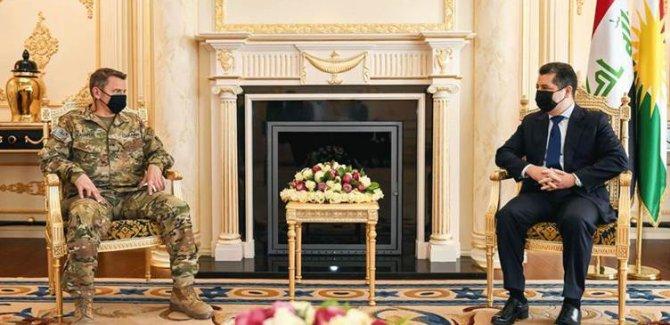 Barzani: Yasal olmayan güçler Kürdistan Bölgesi'nden ayrılmalı