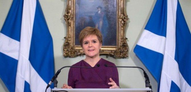 İskoçya Başbakanı bağımsızlık çağrısı yaptı