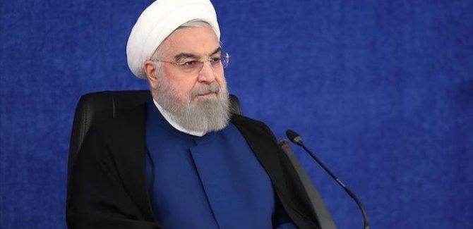 Ruhani: Güvenli yabancı aşı temini hükümetin önceliklerindendir