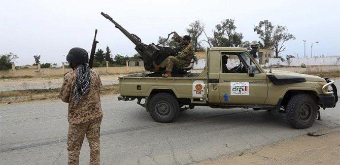 BM: Acilen tüm yabancı ve paralı askerler Libya'yı terk etsin