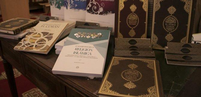 Diyanet'ten Arjantin'deki Müslümanların İslam'ı öğrenmeleri için İspanyolca kitap desteği