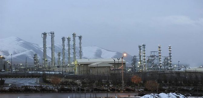 İran: Bir ayda 17 kilogram uranyum ürettik