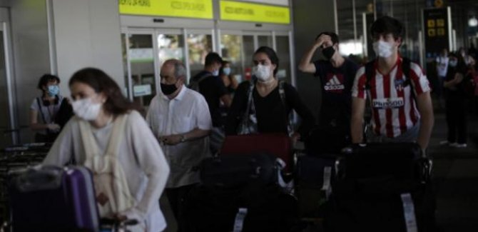 İspanya'da salgından ölenlerin sayısı 60 bini geçti