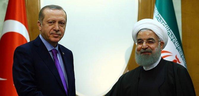 Erdoğan, İranlı mevkidaşı Ruhani ile telefonda görüştü