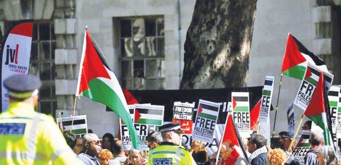 İngiltere'de akademik özgürlüğe karşı bir savaş yürütülüyor/Malia Bouattia
