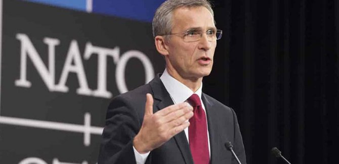 NATO: AB, Avrupa'yı tek başına savunamaz