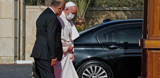 Papa'dan Yanlış yerde aşırılık mesajı