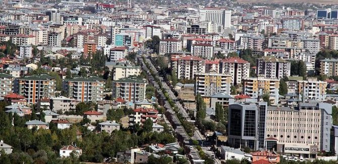 En az Covid-19 vakası görülen iller Şırnak, Siirt, Urfa, Mardin ve Van