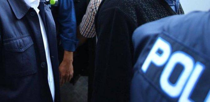 Darbe imalı bildiriye imza atan 10 eski amiral gözaltında