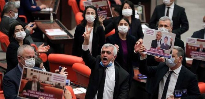 Gergerlîoglu: Em di zindanê de bin jî parlementerê milletê xwe ne