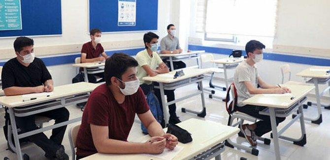 Liselerde yüz yüze ve uzaktan eğitime geçiş ve sınav süreciyle ilgili usul ve esaslar belli oldu