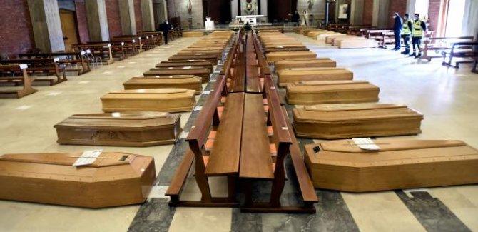 İtalya'da cenaze krizi: Binlercesi aylardır bekletiliyor