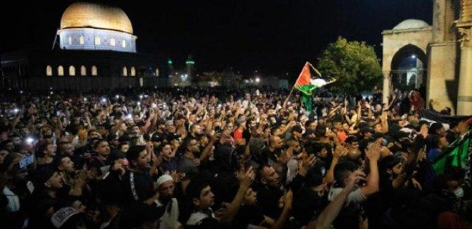Mescid-i Aksa'ya destek gösterilerine katılan 98 Filistinli gözaltında