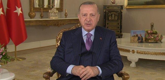 Erdoğan: Bayram sonrası kontrollü normalleşmeye başlıyoruz