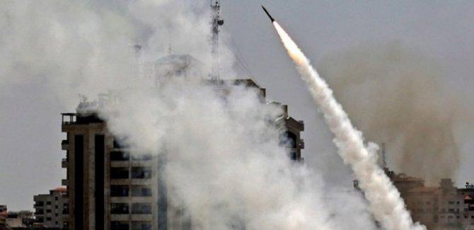 Sahtekar Avrupalılar Füze Saldırılarını Durdurması İçin Hamas'ı Tehdit Etti