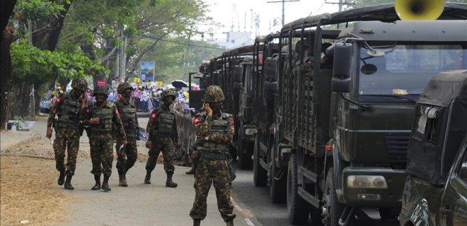 Myanmar'da çatışmalarda 2 asker öldü