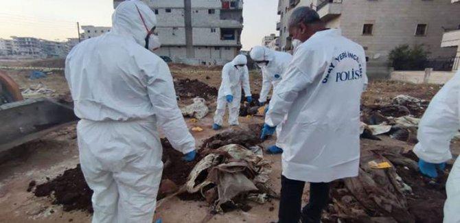 Efrin'de 35 kişinin gömüldüğü toplu mezar bulundu
