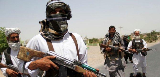 Taliban, Herat vilayetinin merkezine doğru ilerliyor