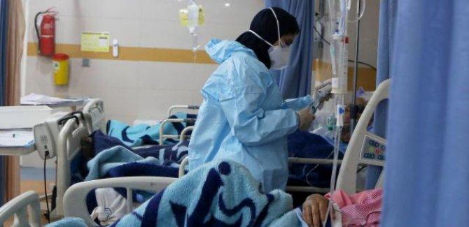 İran'da son 24 saatte COVID-19'dan 434 kişi hayatını kaybetti