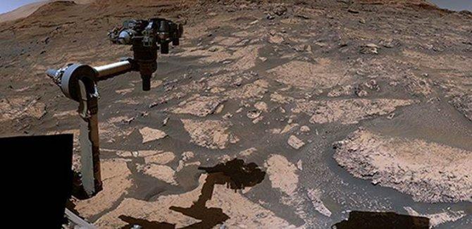 NASA Mars'ın panoramik görüntülerini paylaştı