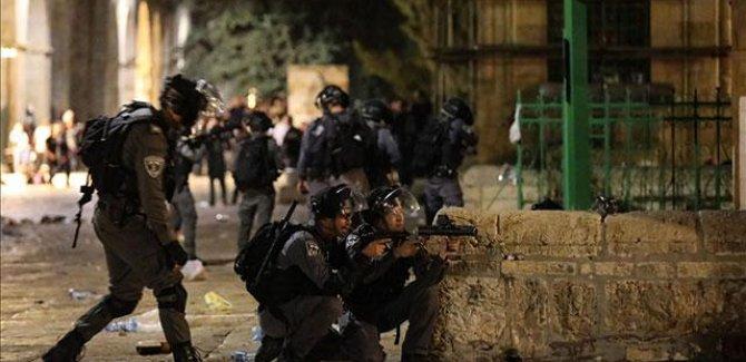 İşgal güçleri Filistinlilere saldırdı: 18 yaralı