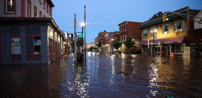 ABD'de sel: 45 kişi hayatını kaybetti