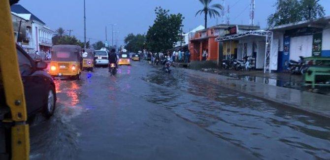 Nijerya'da sel: 13 kişi öldü