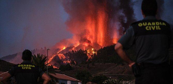 Kanarya Adaları'nda aktif hale gelen yanardağda patlamaların şiddeti arttı
