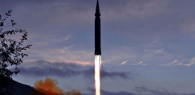 Kuzey Kore'den yeni tip hipersonik füze denemesi