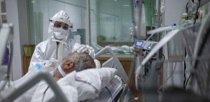 Türkiye'de koronavirüs nedeniyle 217 kişi hayatını kaybetti