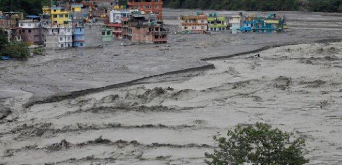 Nepal'de sel ve heyelan: 43 ölü